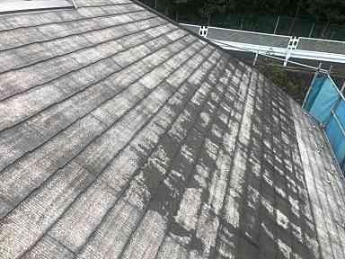 神奈川県横浜市中区 屋根塗装・外壁塗装 現場調査 屋根の劣化症状 退色 (1)