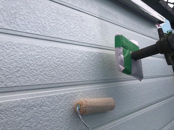 神奈川県横浜市神奈川区 外壁塗装 塗装工事の工程と重要性 下塗り