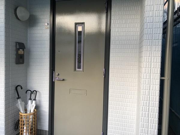 神奈川県横浜市青葉区 玄関ドア塗装 DIYは可能か 塗装の手順 (3)