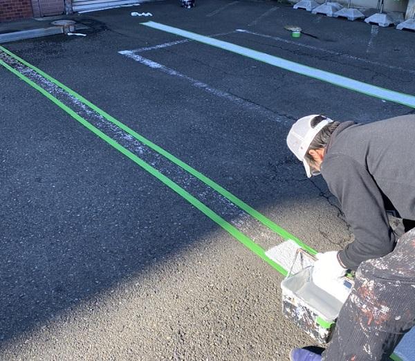 神奈川県横浜市栄区 塀塗装 白線引き直し 工程 (4)