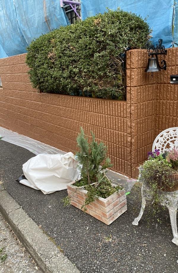 神奈川県横浜市栄区 塀塗装 白線引き直し 工程 (2)