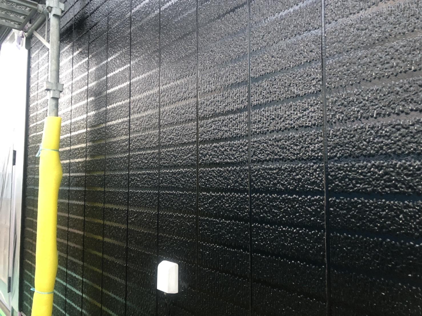 神奈川県横浜市保土ケ谷区 外壁塗装 中塗り 上塗り 光触媒塗料 (2)