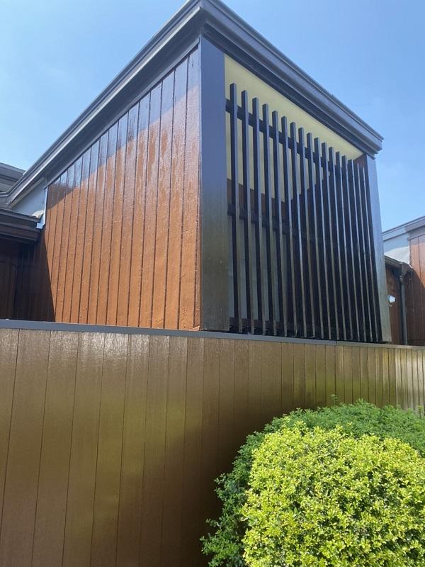 神奈川県横浜市西区 外壁塗装・付帯部塗装 木材の塗装 木目を生かす塗料と消す塗料 (1)