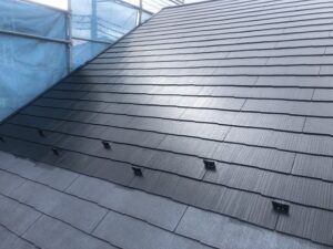 神奈川県横浜市戸塚区 屋根塗装・外壁塗装 屋根下塗り、中塗り、上塗り タスペーサー (2)