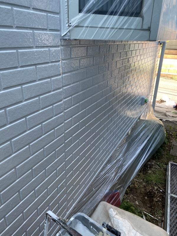 神奈川県横浜市瀬谷区 外壁塗装 タイル外壁の塗装 中塗りと上塗りの違い (3)